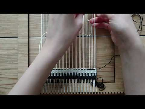 Making a Woven Wall Hanging - Step 3: Making stripes - Weaving for Beginners