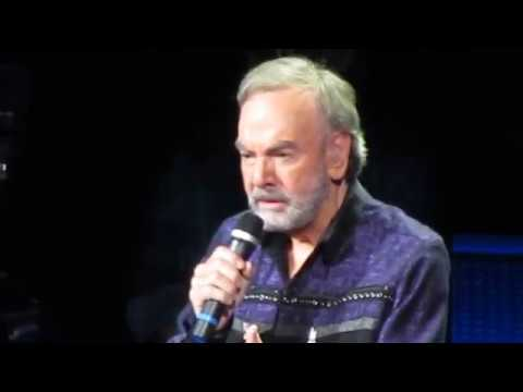 Neil Diamond- You Don't Bring Me Flowers (July 26, 2017- Key Arena, Seattle)