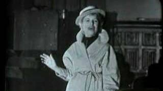 Lotte Lenya sings Alabama Song (vaimusic.com)