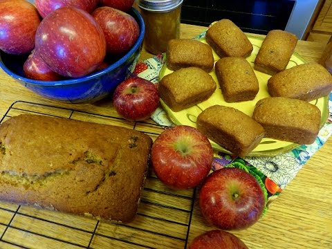 MOIST Delicious Applesauce bread