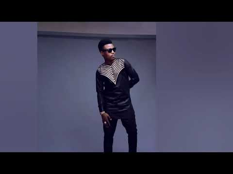 Download Umar M Shareef Ruwan Dare (official audio)