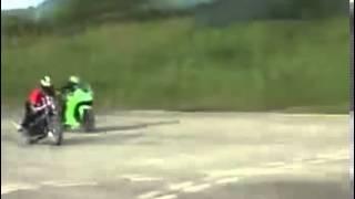 NeedFullSpeed Drag Race Kawasaki Ninja 250 vrs RX 135 Thumbnail