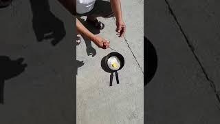 В Шымкенте на солнце жарят яичницу