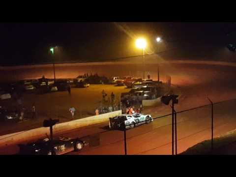 Limited late models at Laurens speedway 6/11/15