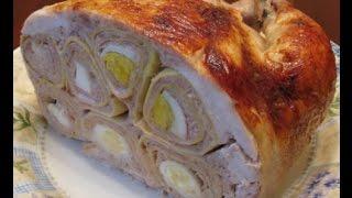 Курица фаршированная блинами, свининой и яйцами