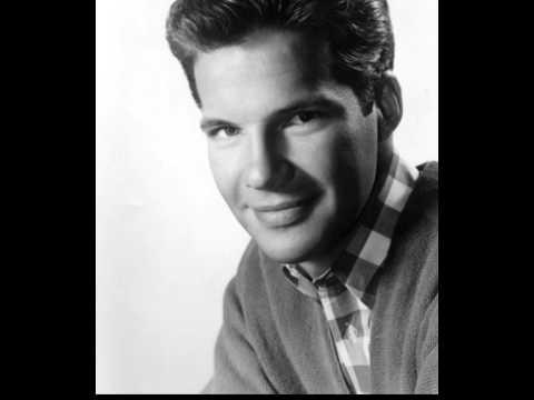 Bobby Vee - Take Good Care Of My Baby (Remastered)