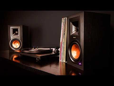 Как громко можно слушать музыку в квартире