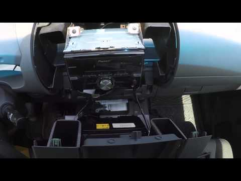 How To Remove The Radio From A Nissan Xterra