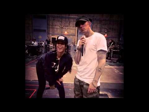 RIHANNA & EMINEM : New Couple ??  Are They Dating ?? (8/8/14)