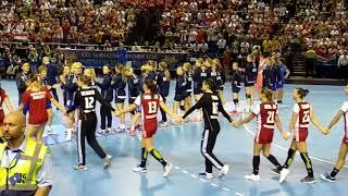 U20 Női kézilabda döntő - A győztes csapat bevonulása