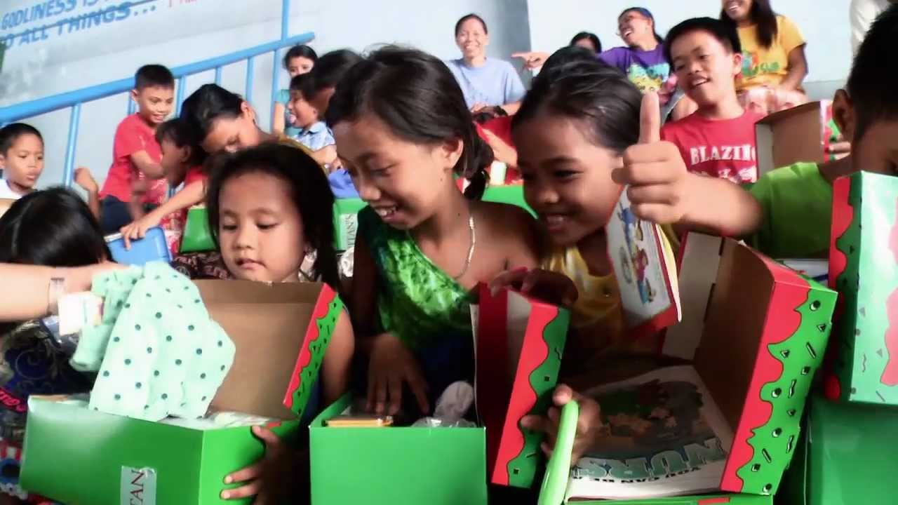 samaritans purse operation christmas child and the deaf shall hear youtube - Operation Christmas Child Images