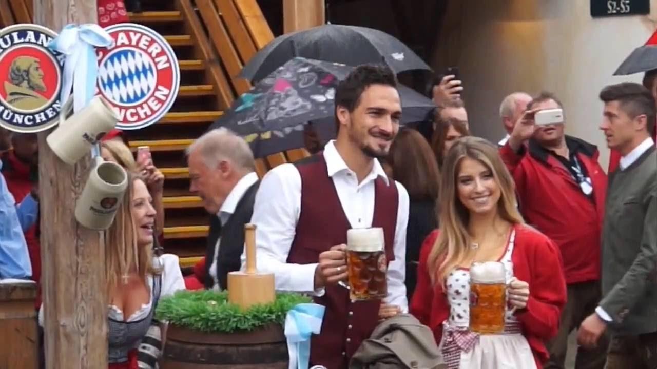 FC Bayern Oktoberfest Käfer Wiesnschänke 2016 - YouTube
