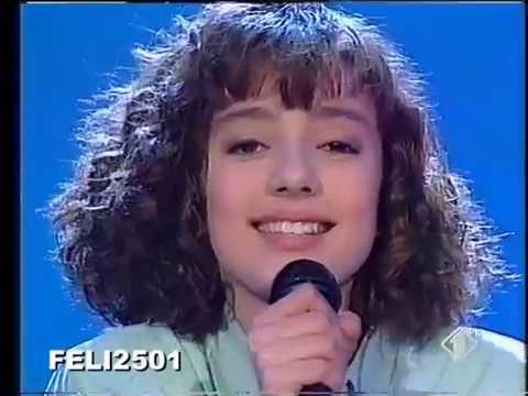Ambra Angiolini Strada Facendo Video 1992 Non è La Rai