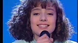 Ambra angiolini - strada facendo non è la rai canzone cantata da letizia mezzanotte.