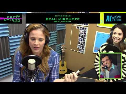 18: The Great Muffin Debate with Jillian Rose Reed