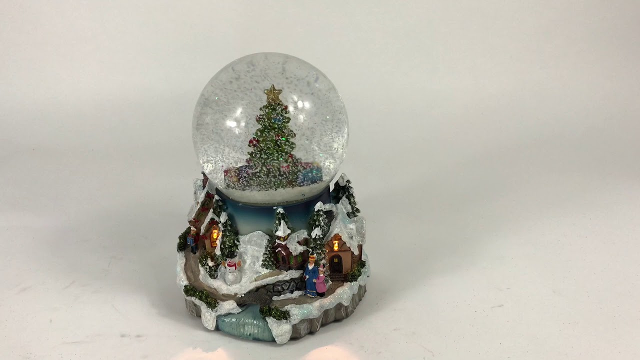 Large Lit Snow Globe Scene With Christmas Tree (Battery