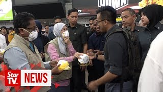 Wan Azizah: Two million face masks distributed to students nationwide