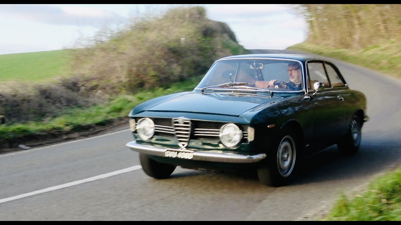 Alfa Giulia Sprint GT Veloce 1600. It's very pretty but what's it really like to drive?