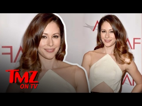 Silicon Valley' Star Amanda Crew Gets A Penis Pic From A Stranger | TMZ TV
