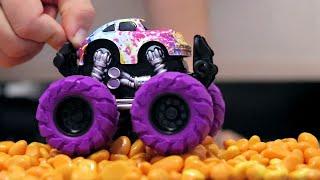 Игрушечные машинки. Тест Драйв новых машинок на трассе с препятствиями. Игрушки для мальчиков