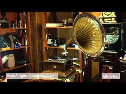 Ladd's Black Aces - I've Got a Song for Sale (10-3-1923) played on Columbia derived horn gramophone.de YouTube · Durée:  3 minutes 5 secondes · 3.000+ vues · Ajouté le 20.08.2009 · Ajouté par Angry5000