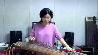Thiếu nữ chơi nhạc rock bằng đàn tranh gây sốt