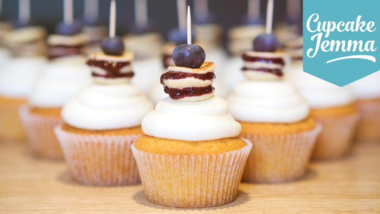 Cupcake Jemma Cake Recipe: How To Make Blueberry Pancake Cupcakes