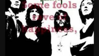 Nazareth - Love Hurts Lyrics(lyrics to nazareth's