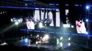 Red Hot Chili Peppers - Give It Away in Winnipeg