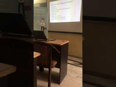 """Luneblaze session on """"Blogging"""" by Sanjana Chopra."""