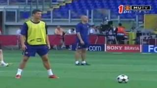 Cristiano Ronaldo Warm UP freestyle VS Barcelona Manchester United vs Barcelona