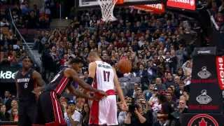 Jonas Valanciunas JAMS Over LeBron James