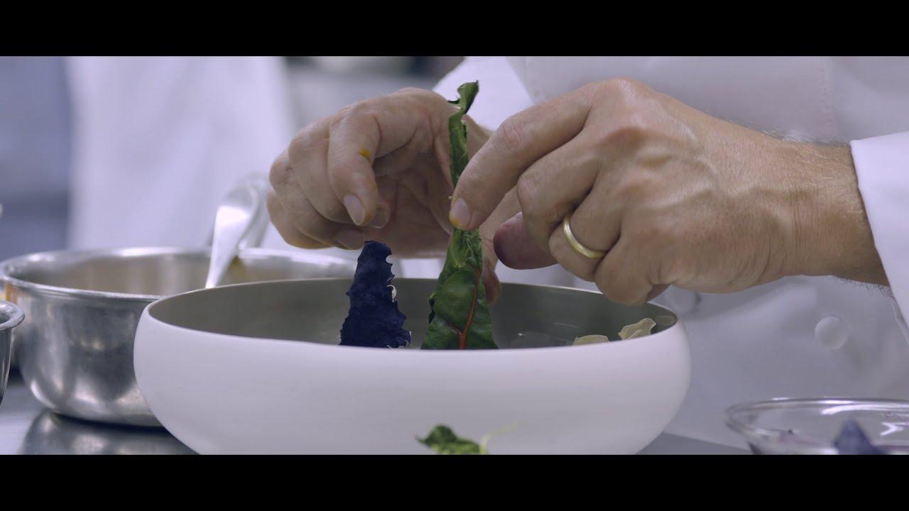 La Credenza Ristorante Stella Michelin : Cosa sono le stelle michelin tre chef raccontano youtube