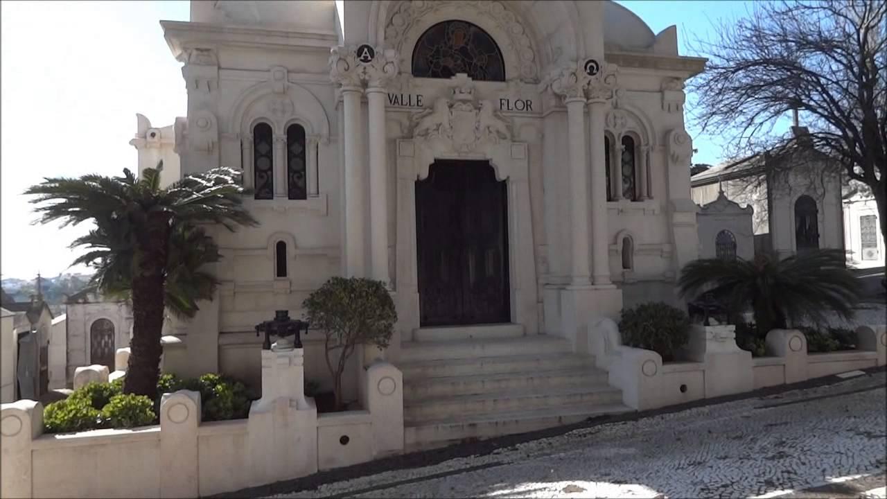 Portugal Lisbon, The city of the dead, Amazing Prazeres Cemetery