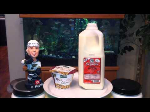 Kashi Go Lean Crunch! Cereal & Furama Sweetened Soymilk Review