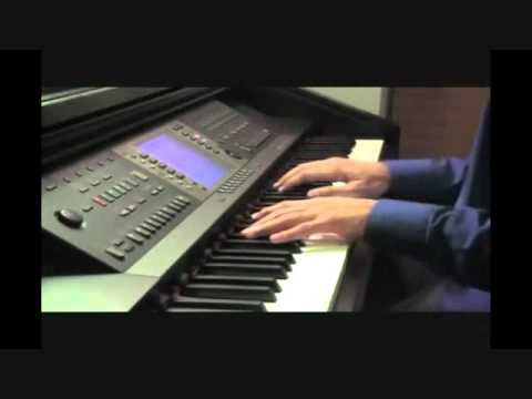 Pee Loon (Once Upon A Time In Mumbai) Piano Cover feat. Aakash Gandhi