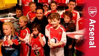 Santi Cazorla faces his toughest crowd!