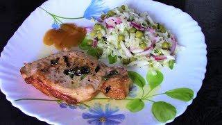 Как приготовить сочные и вкусные стейки из свиной корейки на сковороде.