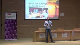 ¿Dónde nace la música? | José Luis Serrano | TEDxAlcarriaSt