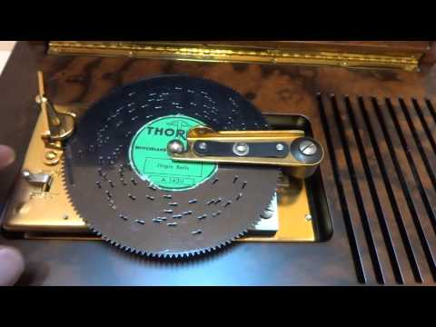 Reuge interchangeable disc music box