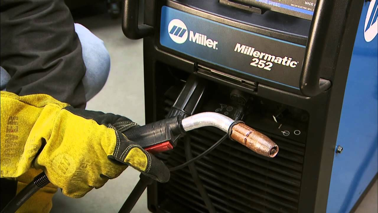 millermatic 252 mig welder run in youtube rh youtube com miller 252 welder parts Miller Deltaweld 302 Welder