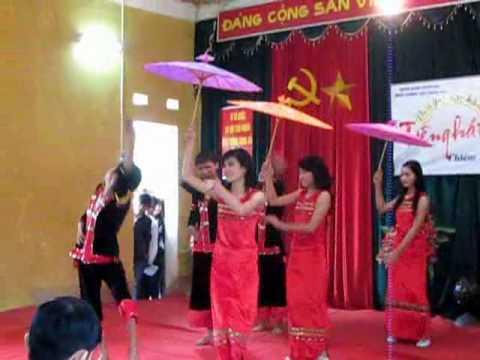 múa dù thái lớp 11b1