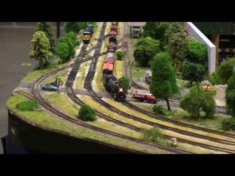 Gateway N Trak N scale model train layout, Great Train Show, St. Charles, MO (1 of 2)