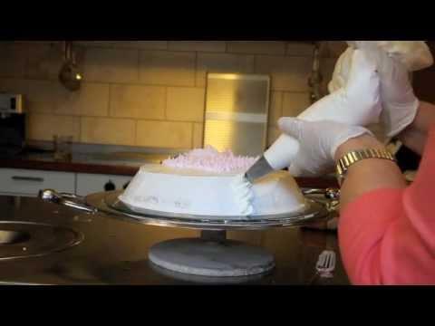 Como decorar la tortada youtube - Decorar cestas de mimbre paso a paso ...
