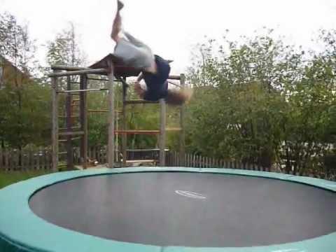 garten trampolin training youtube. Black Bedroom Furniture Sets. Home Design Ideas
