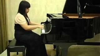 Beatrice plays Danzas Argentinas by Alberto Ginastera