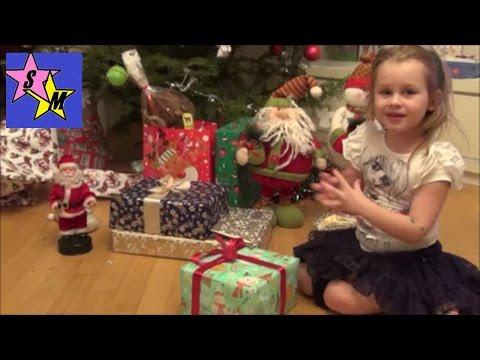 видео: Открываем подарки от Деда Мороза