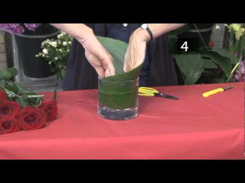 How To Arrange Flowers For A Small Vase Youtube