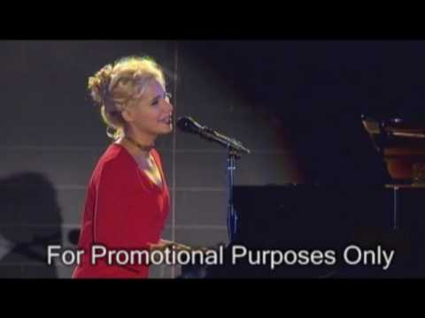 Nellie McKay -The Dog Song - Great Wall Concert - Allusion Studios