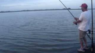 pesca de una corvina de 20 kilos